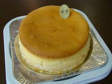 焼きチーズケーキ(ホールケーキ)のイメージ